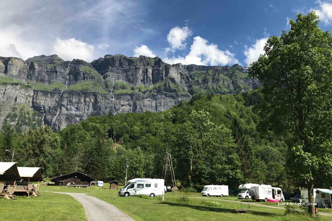 Camping sixt fer à cheval