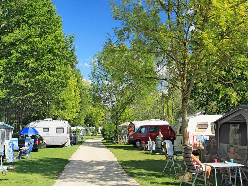 Lac d orient camping