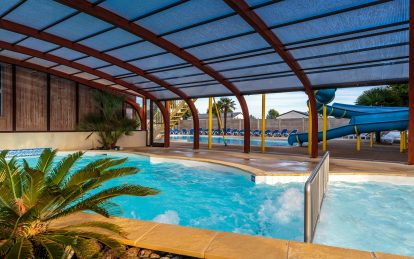 Camping a fouesnant avec piscine couverte